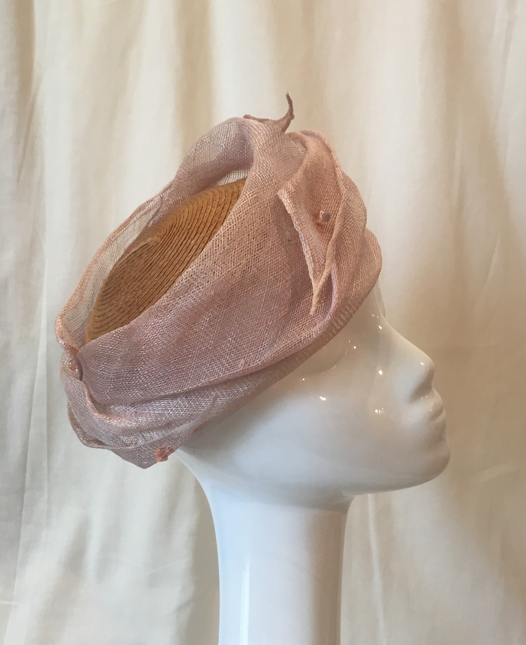 Diaphane: bibi en paille de blé et sisal rose poudré