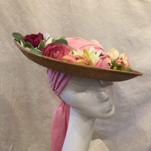 capeline et turban rose et or
