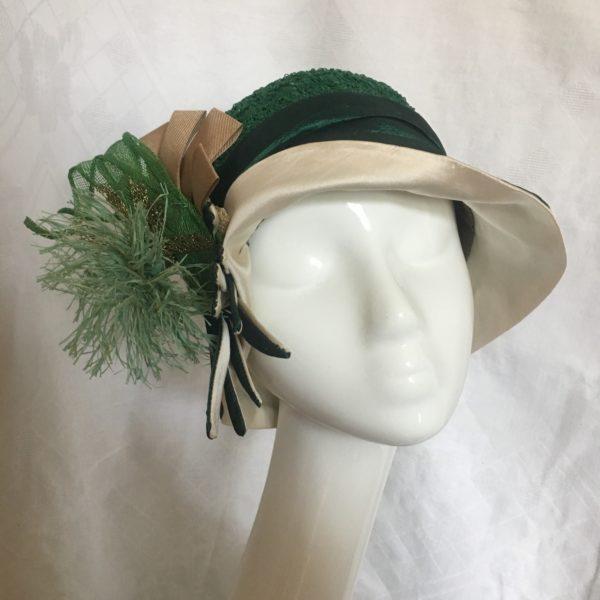 chapeau cloche vert
