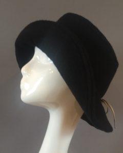 chapeau noir Mary Colibri